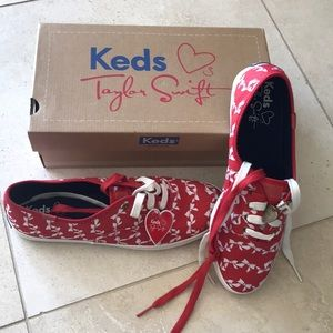 New in box Taylor Swift Keds